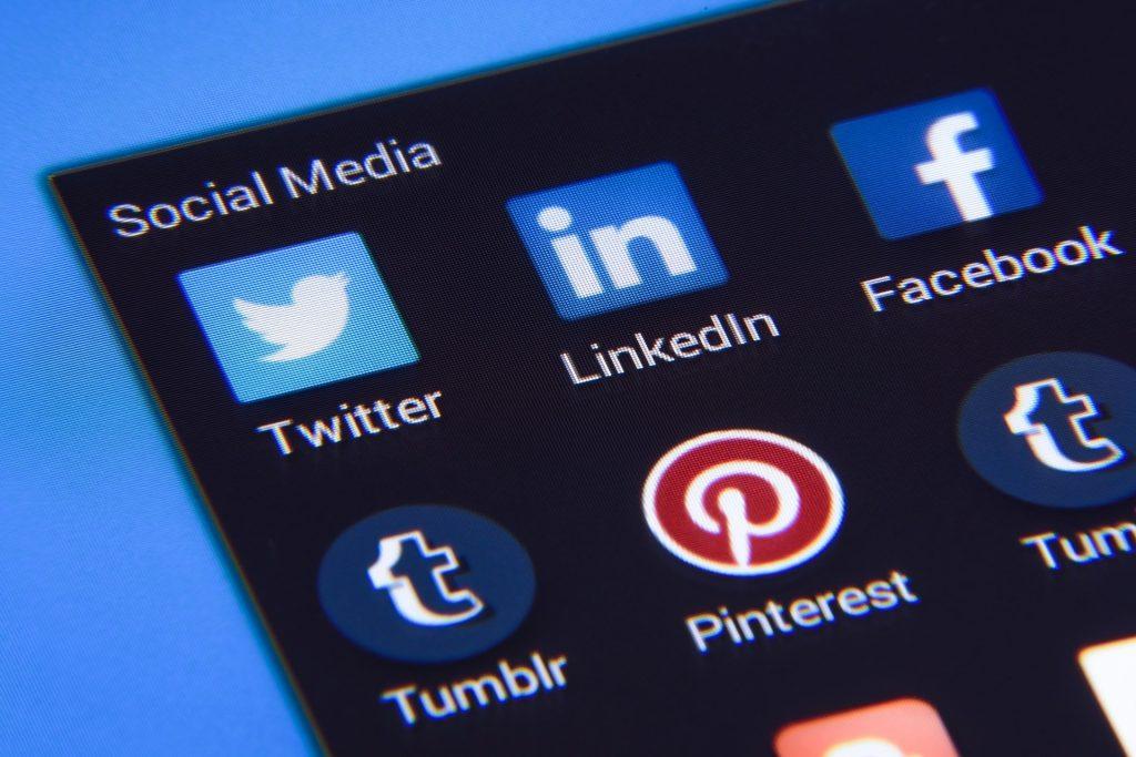 pantalla social media